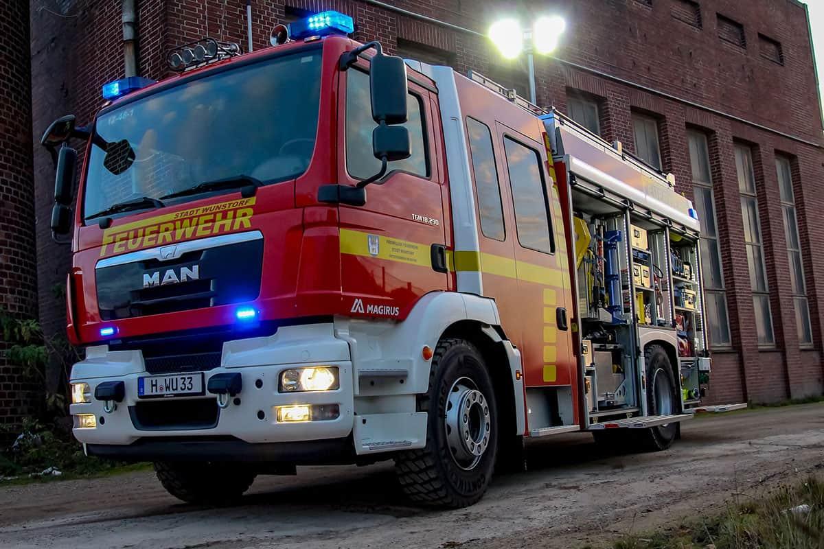 Hilfeleistungslöschgruppenfahrzeug Brandbekämpfung - Feuerwehr Wunstorf - offen